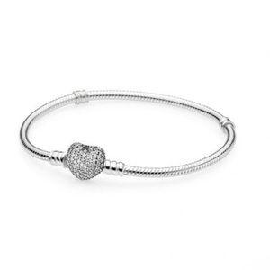 """Pandora 6.3"""" bracelet"""